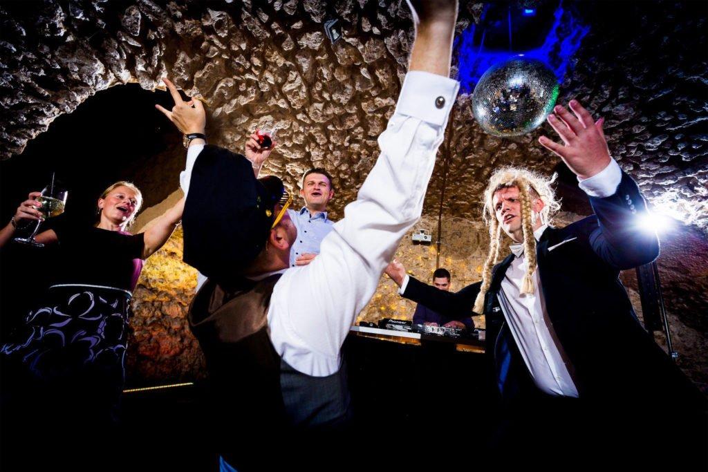 Hochzeitsfotograf Frankfurt fotografiert Hochzeitsparty